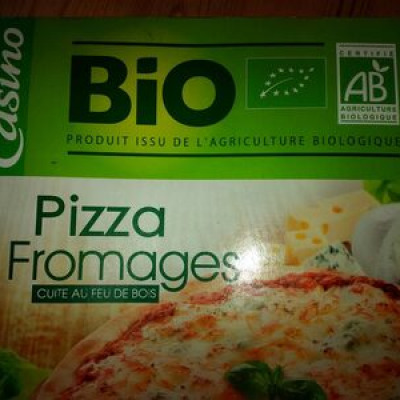 Pizza 3 fromages cuite au feu de bois bio (Casino bio)